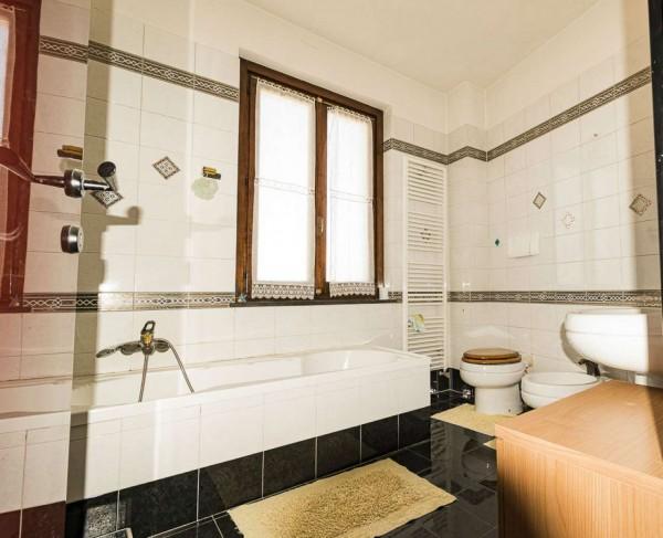 Casa indipendente in vendita a Venaria Reale, Centro Storico, 154 mq - Foto 11