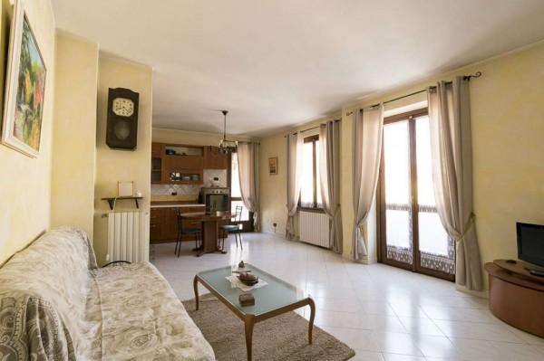 Casa indipendente in vendita a Venaria Reale, Centro Storico, 154 mq