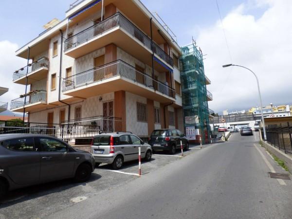 Appartamento in vendita a Loano, 64 mq