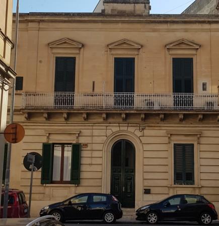 Appartamento in vendita a Lecce, San Lazzaro, Con giardino, 280 mq
