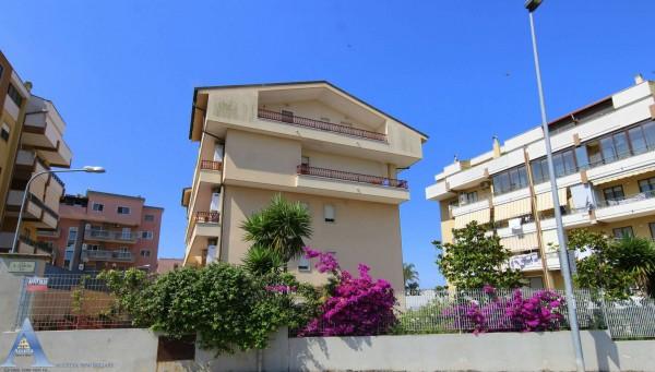 Appartamento in affitto a Taranto, Rione Laghi - Taranto 2, Con giardino, 85 mq - Foto 1