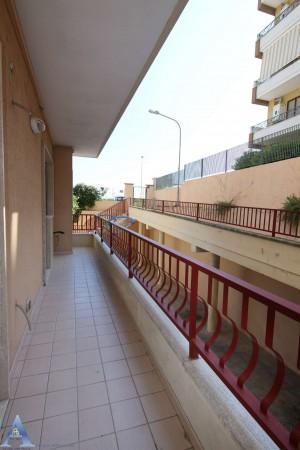 Appartamento in affitto a Taranto, Rione Laghi - Taranto 2, Con giardino, 85 mq - Foto 4
