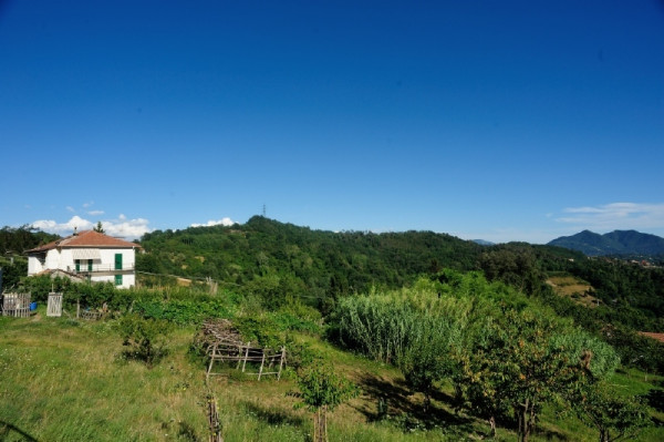 Casa indipendente in vendita a Campomorone, Langasco, Con giardino, 400 mq
