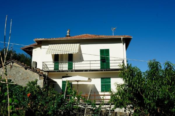 Casa indipendente in vendita a Campomorone, Langasco, Con giardino, 400 mq - Foto 1