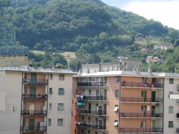 Appartamento in vendita a Genova, Pontedecimo, 80 mq