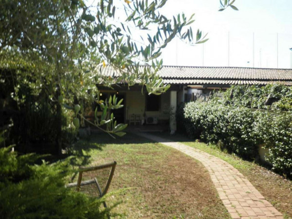 Villa in vendita a Roma, Torre Spaccata, Con giardino, 60 mq