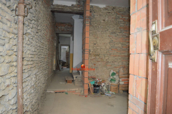 Casa indipendente in vendita a Forlì, Centro Storico, Con giardino, 100 mq