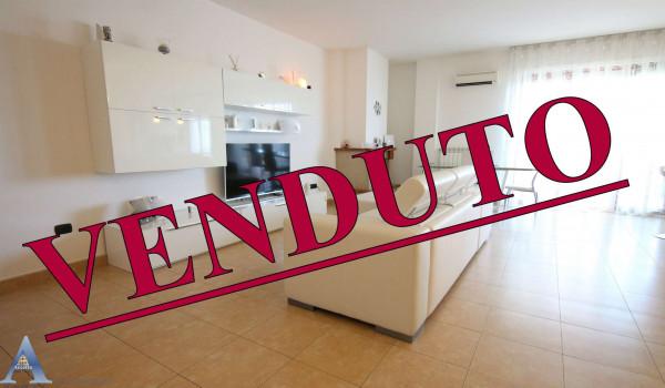 Appartamento in vendita a San Giorgio Ionico, Residenziale, 106 mq