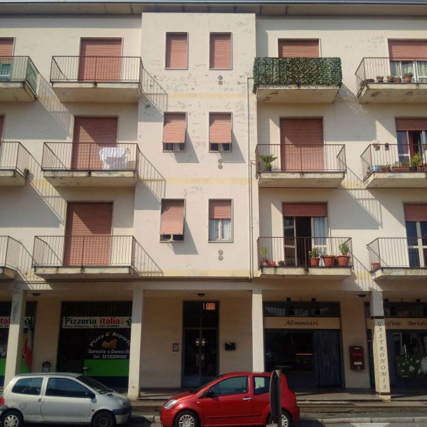 Appartamento in affitto a Gorla Minore, Prospiano, 54 mq