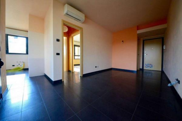 Appartamento in vendita a Vanzago, Con giardino, 65 mq