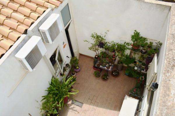 Casa indipendente in vendita a Noto, Centro Storico, 150 mq