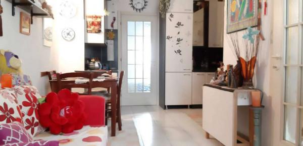 Appartamento in vendita a Locate di Triulzi, Locate, Con giardino, 50 mq