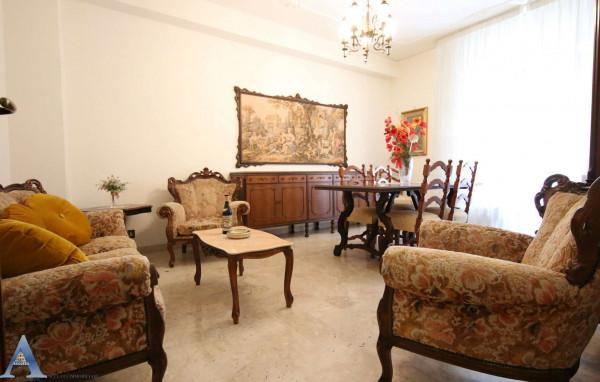 Appartamento in affitto a Taranto, Rione Italia, Montegranaro, Arredato, 123 mq - Foto 11