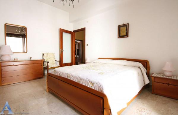 Appartamento in affitto a Taranto, Rione Italia, Montegranaro, Arredato, 123 mq - Foto 8
