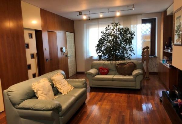 Villa in vendita a Perugia, Prepo, Con giardino, 250 mq