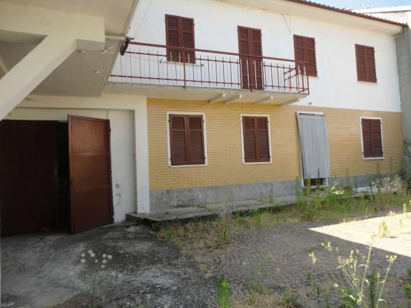 Casa indipendente in vendita a Castelletto Monferrato, Con giardino, 150 mq