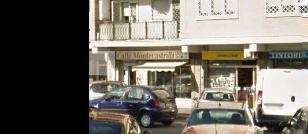 Negozio in affitto a Roma, Villa  Lais, 30 mq