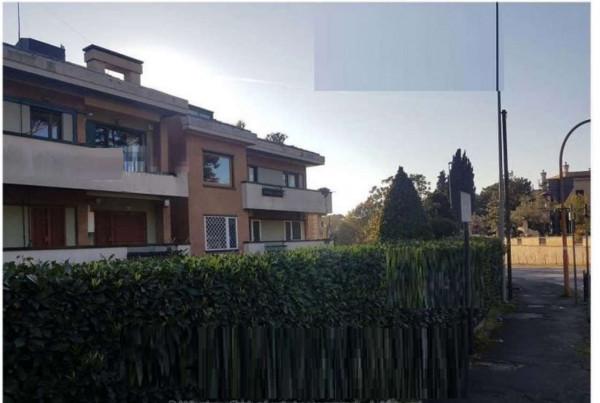 Appartamento in vendita a Grottaferrata, 104 mq