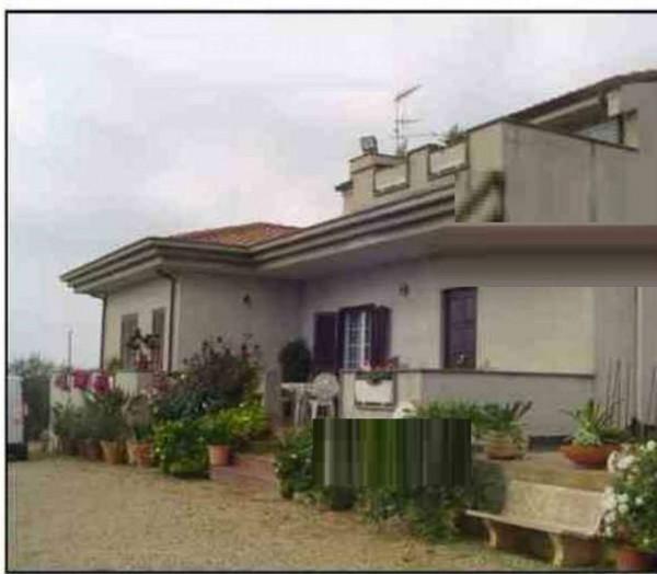 Casa indipendente in vendita a Albano Laziale, 190 mq