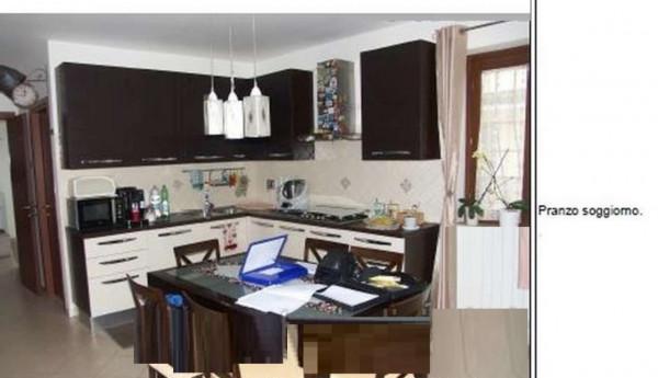 Appartamento in vendita a Lariano, 88 mq