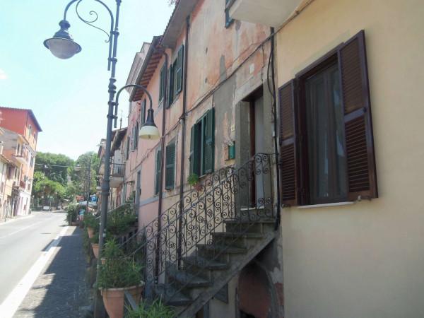 Appartamento in vendita a Marino, Piazza Dante Alighieri, 95 mq
