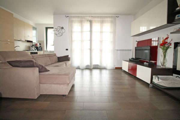 Appartamento in vendita a Cassano d'Adda, Stazione, 71 mq