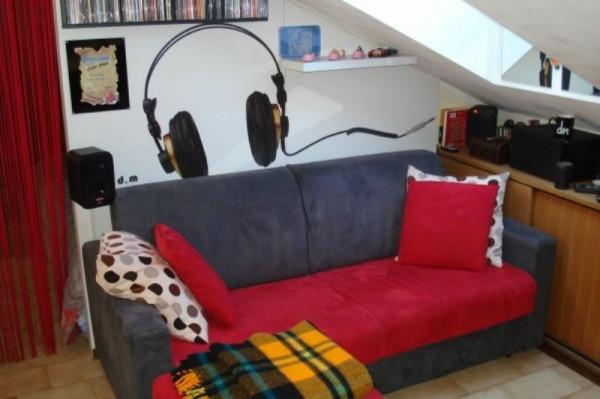 Appartamento in affitto a Caronno Pertusella, Arredato, 48 mq