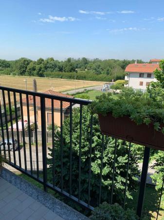 Appartamento in vendita a Cesate, Con giardino, 110 mq