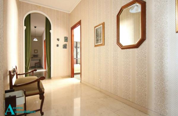Appartamento in vendita a Taranto, Centrale, 159 mq