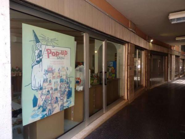 Locale Commerciale  in affitto a Forlì, Centro, 46 mq