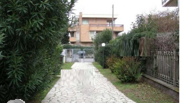 Appartamento in vendita a Anzio, Con giardino, 179 mq