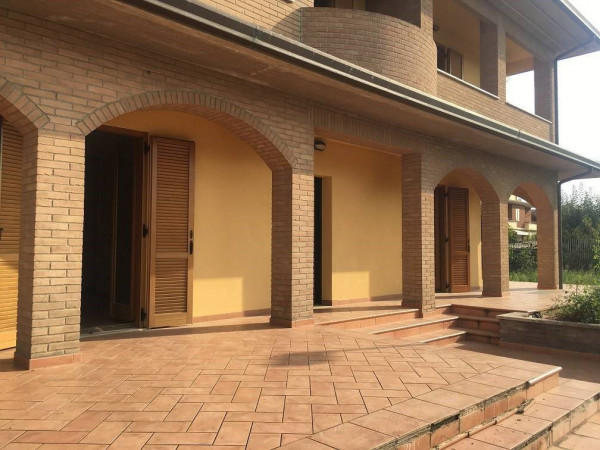 Appartamento in vendita a Perugia, Castel Del Piano, Con giardino, 300 mq
