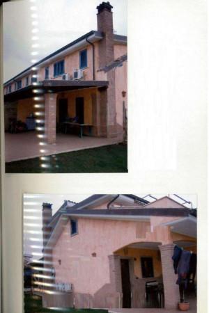 Villa in vendita a Pomezia, 378 mq