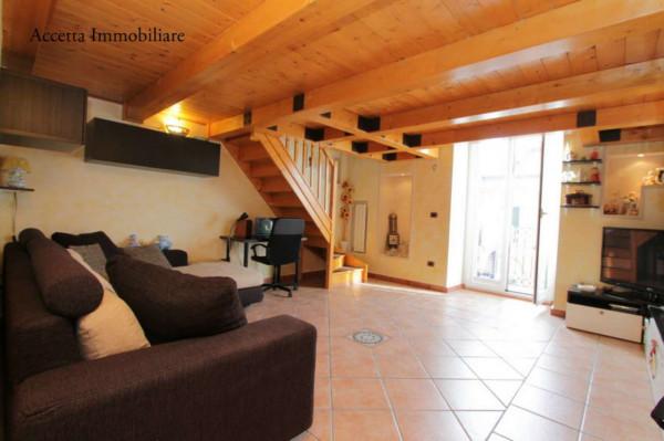 Appartamento in vendita a Taranto, Borgo, 107 mq