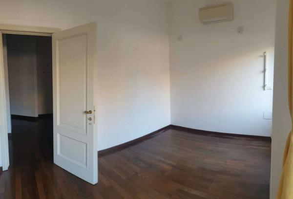 Appartamento in affitto a Milano, San Babila, 80 mq