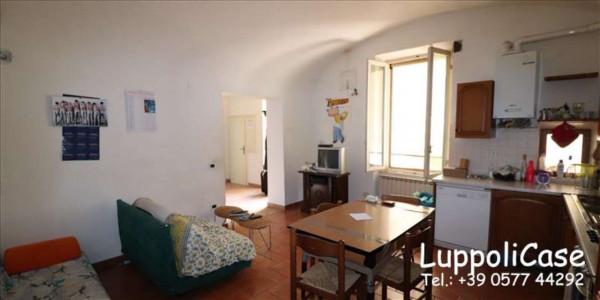 Appartamento in vendita a Siena, 132 mq