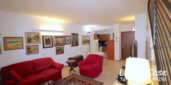 Appartamento in vendita a Monteriggioni, Arredato, con giardino, 120 mq