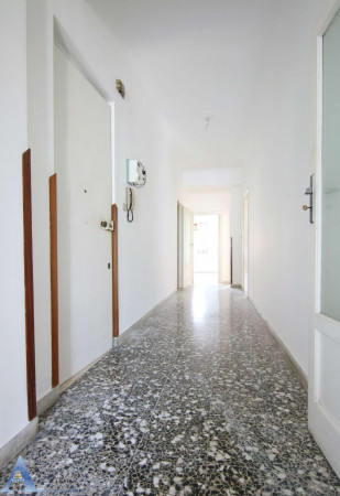 Appartamento in vendita a Taranto, Tre Carrare, Italia, Montegranaro, 97 mq - Foto 1
