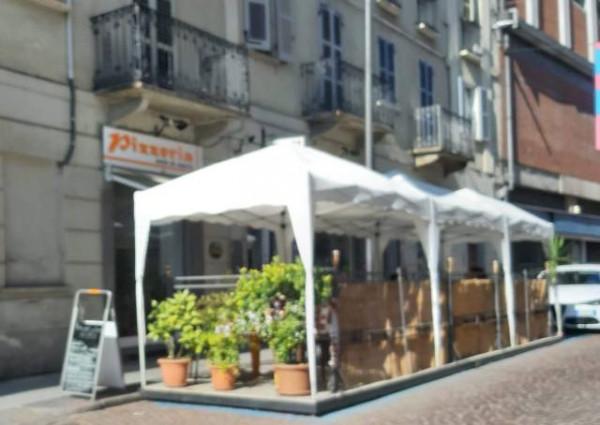 Locale Commerciale  in vendita a Asti, Centro, 120 mq
