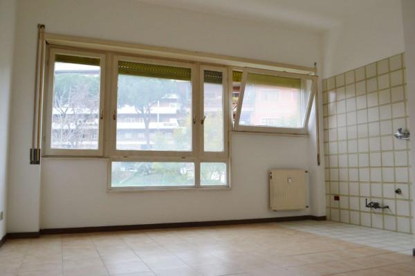 Appartamento in affitto a Roma, Torrino Mostacciano, Con giardino, 65 mq