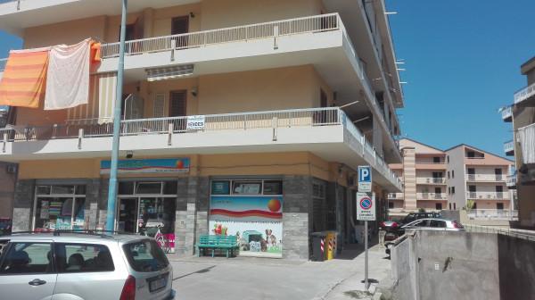 Appartamento in vendita a Sant'Agata di Militello, Centro, 100 mq