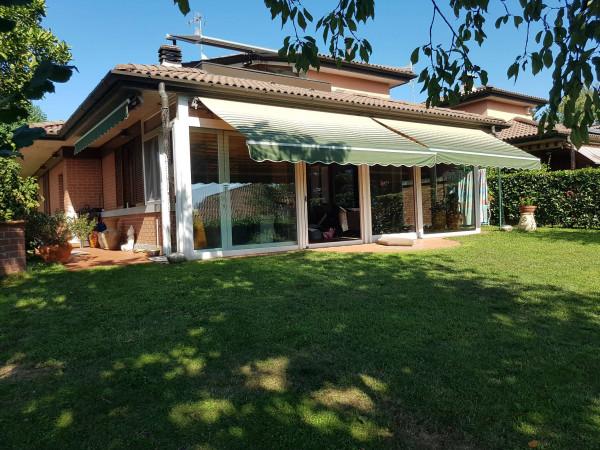 Villa in affitto a Varese, Bizzozzero, Arredato, con giardino, 240 mq