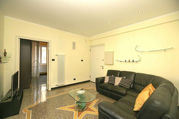 Appartamento in vendita a Genova, Sestri Ponente, 70 mq - Foto 1