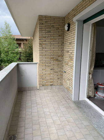 Appartamento in vendita a Garbagnate Milanese, 65 mq