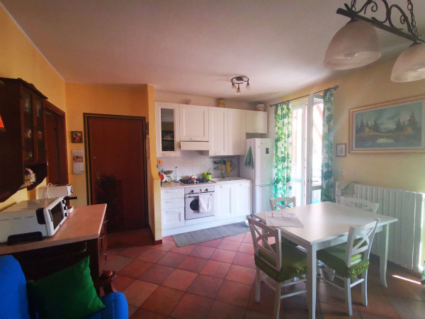 Appartamento in vendita a Crespiatica, Residenziale, Con giardino, 65 mq