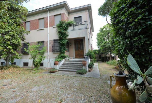 Appartamento in vendita a Forlì, Musicisti, Con giardino, 310 mq