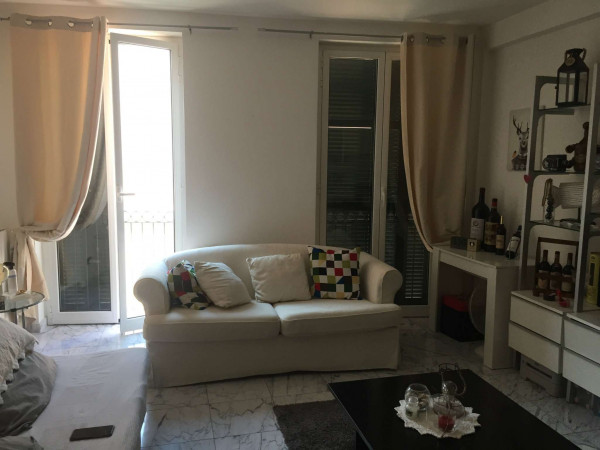 Appartamento in affitto a Genova, Sarzano, Arredato, 50 mq