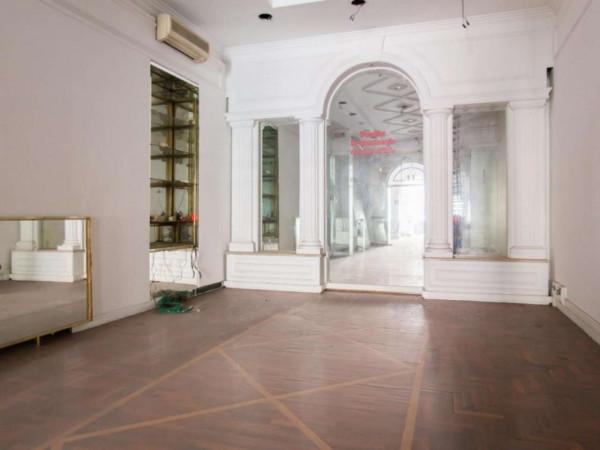 Negozio in affitto a Roma, Via Sistina, 180 mq