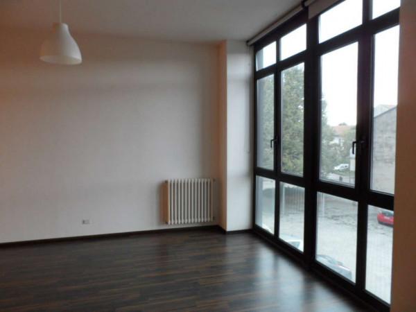 Ufficio in affitto a Gavirate, 80 mq