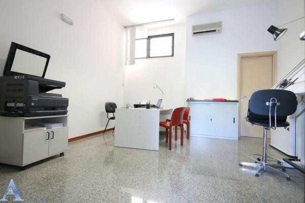 Locale Commerciale  in vendita a Taranto, Lama, 80 mq - Foto 10
